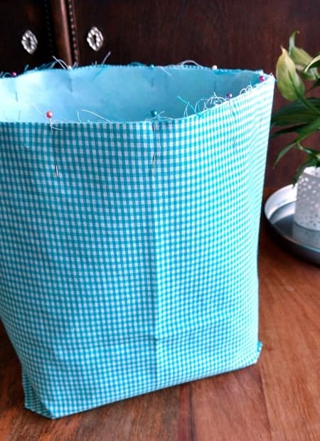 Fabric Bin Tutorial - an easy step-by-step guide