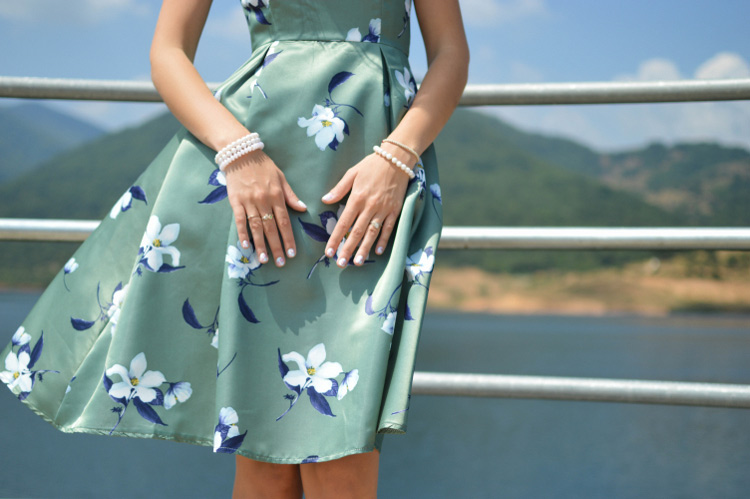 The Best Fabrics for Summer Sewing