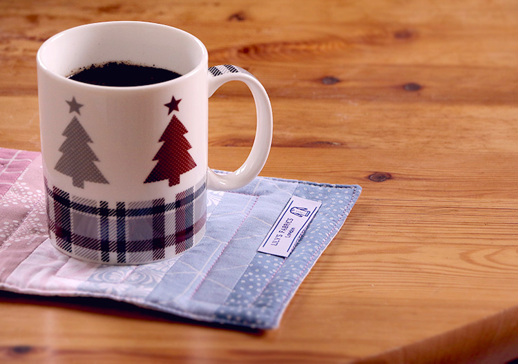 Free Tutorial: How to Sew a Mug Rug